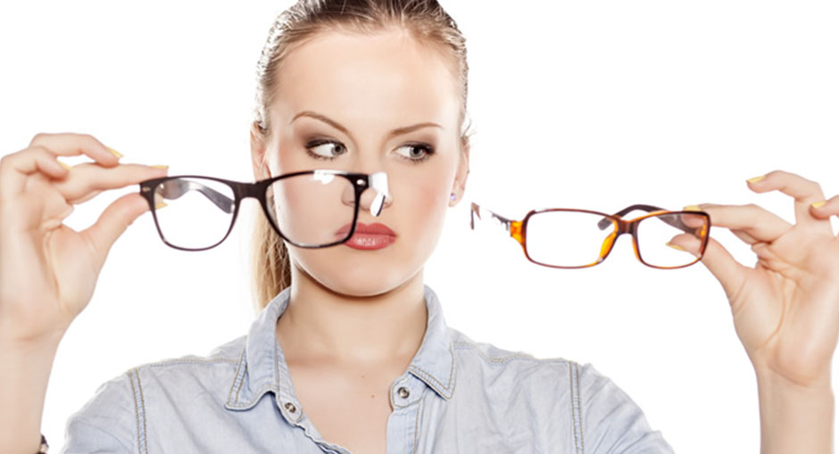 How to Choose the Right Eyeglasses for Your Face